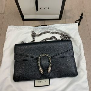 Black Gucci Dionysus leather shoulder bag